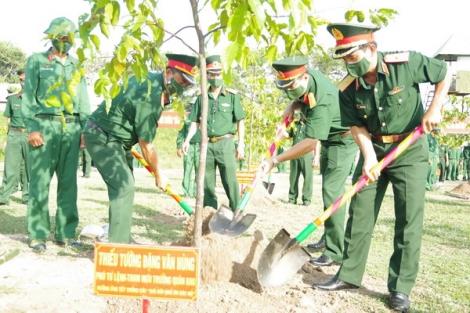 """Sư đoàn 5: Phát động trồng cây """"Đời đời nhớ ơn Bác Hồ"""""""