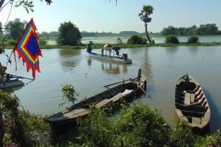 Một vùng sông nước Tây Ninh trong truyện ký Lở Bồi