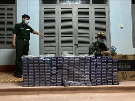Đồn Biên phòng Phước Tân: Một đêm bắt giữ 2 vụ buôn lậu thuốc lá