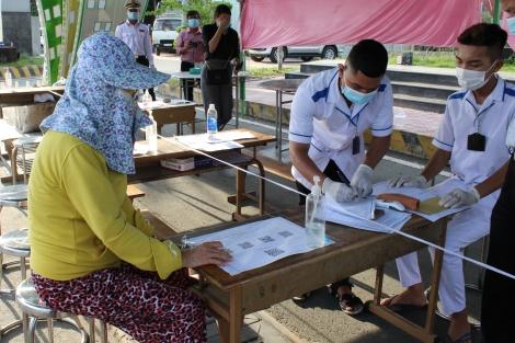 Tình nguyện góp sức vào cuộc chiến phòng chống dịch COVID-19