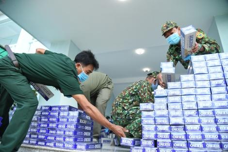 Đồn biên phòng Vàm Trảng Trâu: Bắt giữ vụ buôn lậu gần 5.000 gói thuốc lá ngoại