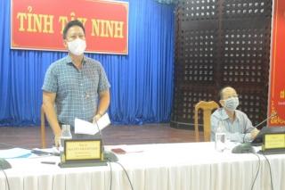 Phó Thủ tướng Vũ Ðức Ðam: Phấn đấu đến hết tháng 8, tiêm vaccine cho toàn bộ công nhân cả nước