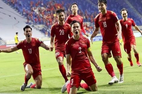 """Đội tuyển Việt Nam được thưởng """"nóng"""" 3 tỷ đồng sau trận thắng Malaysia"""