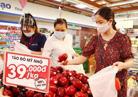 Thị trường Tết Đoan Ngọ trầm lắng