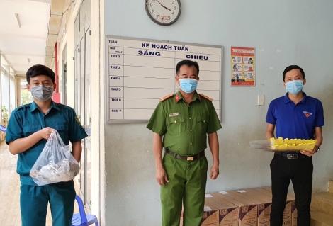 Đoàn viên thanh niên huyện Gò Dầu chung tay phòng, chống dịch Covid-19