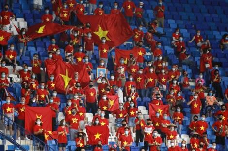 Tuyển Việt Nam mơ 'hoá rồng': Đừng để thầy Park cô đơn
