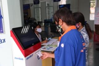 UBND tỉnh: Triển khai nhiều giải pháp nâng số lượng hồ sơ cá nhân, tổ chức thực hiện qua dịch vụ công trực tuyến mức độ 4 trên địa bàn tỉnh