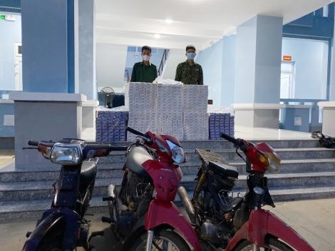 Đồn biên phòng Tân Hà: Lực lượng chống dịch bắt giữ 4.000 gói thuốc lá ngoại