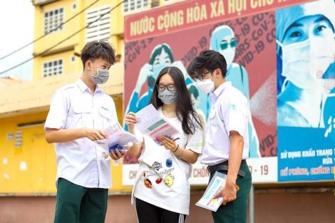 Hơn 993.000 thí sinh bước vào kỳ thi tốt nghiệp THPT đặc biệt