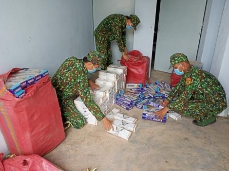 Đồn Biên phòng Kà Tum: Bắt giữ 3.400 gói thuốc lá lậu