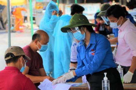 Nỗ lực hỗ trợ người trở về từ tỉnh, thành khác khai báo y tế