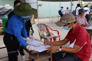 Tăng thời gian cách ly 14 ngày đối với người từ TP.Hồ Chí Minh về địa phương