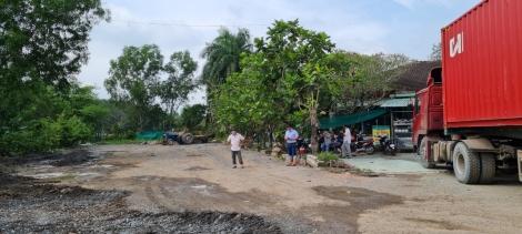Khẩn trương sửa chữa địa điểm làm điểm tập kết tạm nông sản tạm thời