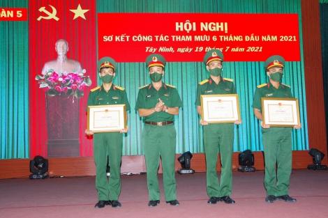 Sư đoàn 5: Sơ kết công tác Tham mưu 6 tháng đầu năm năm 2021
