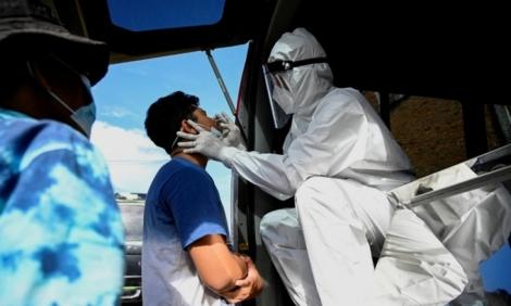 Thảm kịch Covid-19 tại Indonesia: Nhân viên nghĩa trang phải làm việc suốt ngày đêm