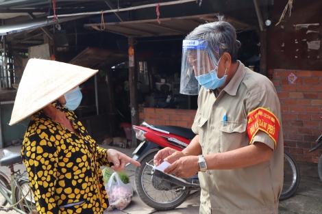 Thành phố Tây Ninh: Ngày đầu triển khai phiếu đi chợ