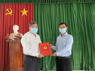 Ông Nguyễn Trung Hiếu làm Bí thư Đảng ủy thị trấn Châu Thành
