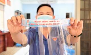 """Kính ngăn giọt bắn """"made in Thanhdoan""""- Sáng tạo nhỏ, hiệu quả lớn"""