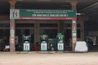 Nhắc nhở 2 cửa hàng kinh doanh xăng dầu trên địa bàn Thị xã Hòa Thành