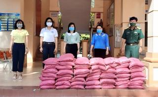 Thành phố hỗ trợ 11,5 tấn gạo cho các phường, xã trong công tác phòng, chống dịch Covid-19