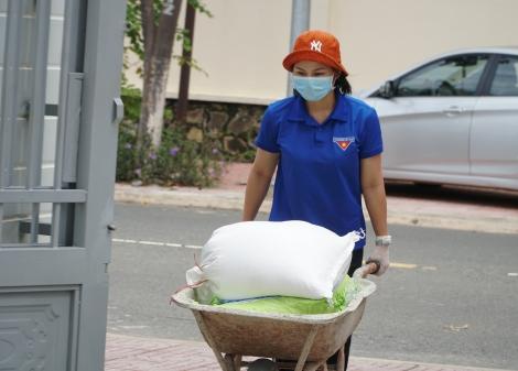 Tỉnh Quảng Trị tặng hơn 35 tấn lương thực, thực phẩm