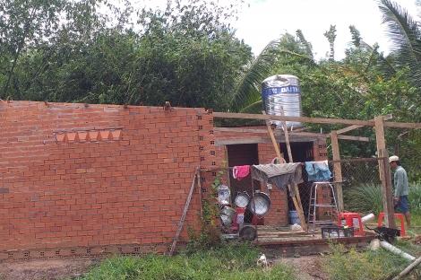 Xã Phước Vinh (Châu Thành): Mưa to kèm theo gió giật mạnh làm tốc mái 1 căn nhà