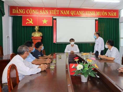 Tặng xe cứu thương cho Sở Y tế Tây Ninh