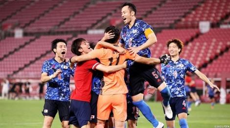 Vì sao bóng đá Nhật Bản thăng hoa ở Olympic Tokyo?