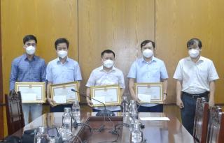 Tặng bằng khen cho Sở Y tế tỉnh Bắc Giang