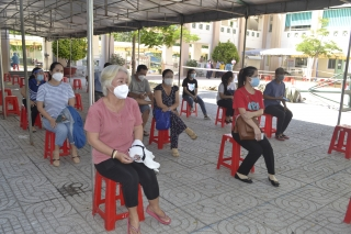 Người dân quan tâm và nôn nóng được tiêm vaccine phòng Covid-19