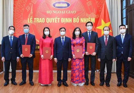 Trao quyết định bổ nhiệm 3 Trợ lý Bộ trưởng Ngoại giao, Phó Trưởng SOM ASEAN