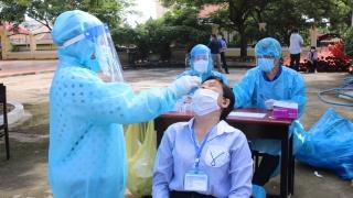 Tiếp tục tổ chức xét nghiệm sàng lọc SARS-CoV-2 (đợt 2) trên toàn tỉnh