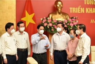 Thủ tướng: Làm tất cả những gì có thể để trẻ em được tiêm vaccine COVID-19