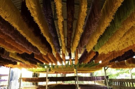 Đặc sản bún khô 8 màu ở Cao Bằng
