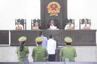 Giải đáp một số vướng mắc trong xét xử án hình sự, dân sự