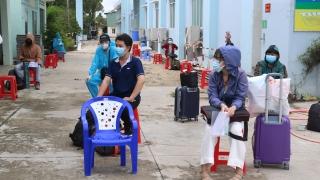 Huyện Gò Dầu đón 125 người dân từ Thành Phố Hồ Chí Minh trở về địa phương