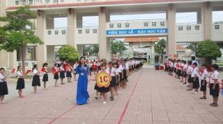 Tổ chức khai giảng trực tuyến đối với các trường không thể học trực tiếp