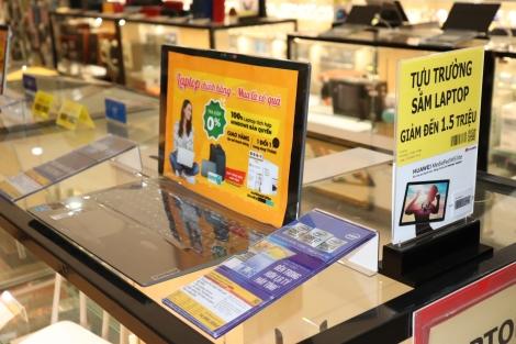 Nhu cầu mua laptop tăng mạnh