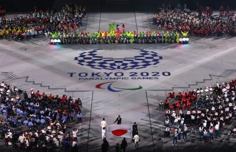 Rực rỡ sắc màu lễ bế mạc Paralympic Tokyo 2020