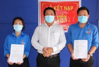 Xã Đồng Khởi, huyện Châu Thành: Kết nạp Đảng cho đoàn viên tiêu biểu
