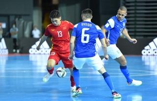 Tuyển futsal Việt Nam có trải nghiệm quý giá trước Brazil ở World Cup