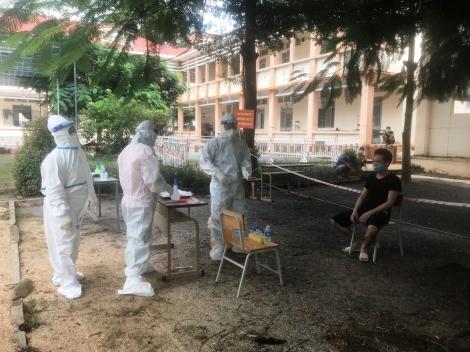 Chuyện về những bác sĩ tại cơ sở điều trị bệnh nhân Covid-19 ở huyện Dương Minh Châu