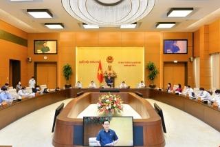 Ủy ban Thường vụ Quốc hội tiếp tục Phiên họp thứ 3