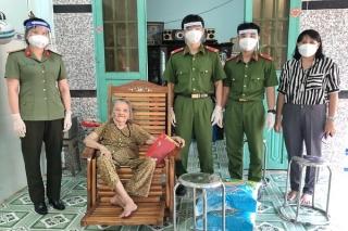 Hội Phụ nữ Công an Tân Biên: Tích cực chung tay phòng, chống dịch Covid-19