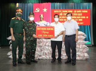 Quân ủy Trung ương-Bộ Quốc phòng tặng Tây Ninh 100 tấn gạo