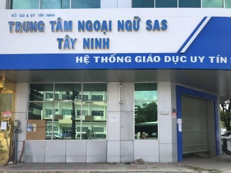 Trung tâm Anh ngữ SAS Tây Ninh đột ngột dừng hoạt động, học viên, giáo viên bức xúc