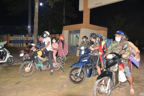 Đón 78 người dân từ tỉnh Bình Dương về địa phương