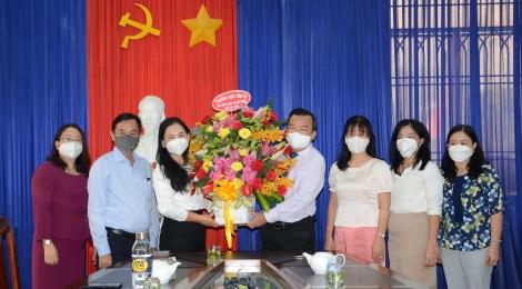 Thăm chúc mừng Báo Tây Ninh nhân kỷ niệm 75 năm truyền thống Báo Tây Ninh