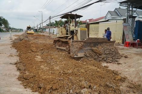 Nhiều công trình xây dựng thi công trở lại