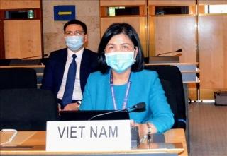 Việt Nam tích cực tham gia thảo luận tại Khóa họp lần thứ 48 Hội đồng Nhân quyền LHQ